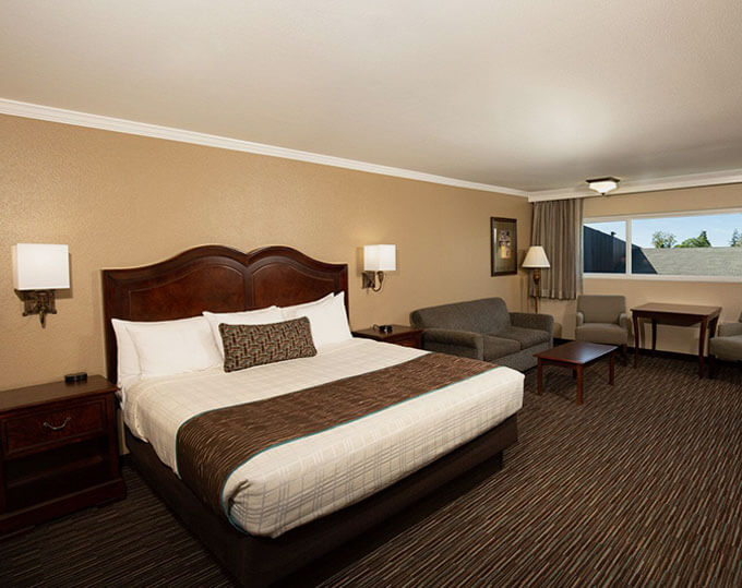 Executive King Room Best Western Plus Inn California